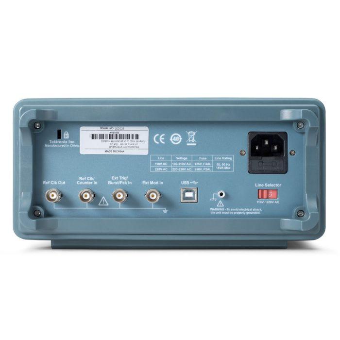 Генератор сигналов Tektronix AFG1022 - вид сзади