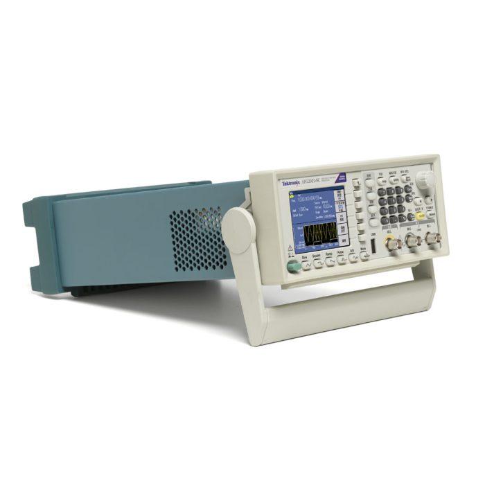 Бюджетный генератор сигналов AFG2021 - вид сбоку