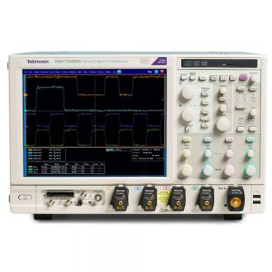 MSO70404C, MSO7060C, MSO70804C, MSO71254C - внешний вид осциллографов