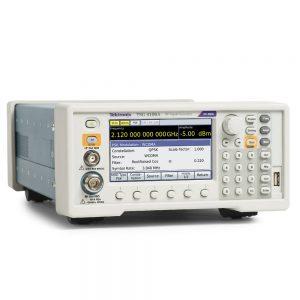 Векторные генераторы сигналов Tektronix TSG4102A