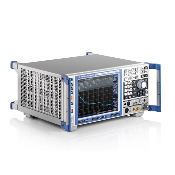 Семейство анализаторов спектра R&S FSVA - вид сбоку