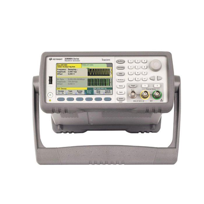 Генератор сигналов 33621A