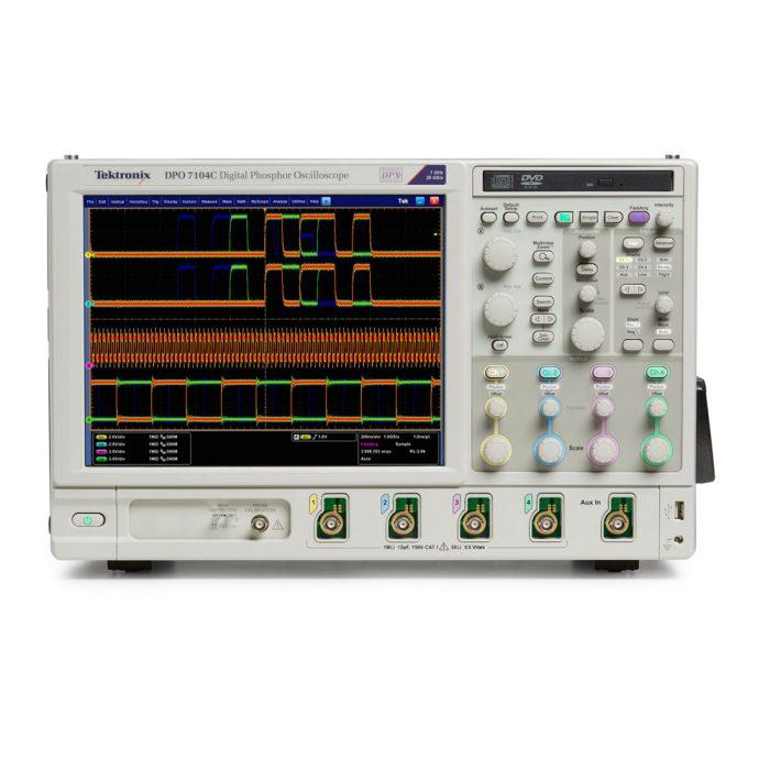 Цифровой осциллограф 1 ГГц Tektronix DPO7104C