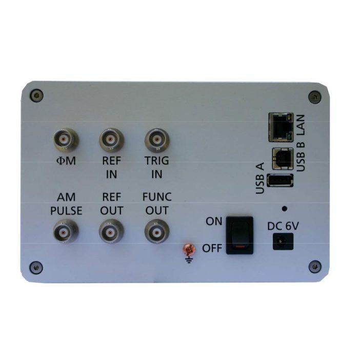 Генераторы сигналов Anapico RFSG - задняя панель