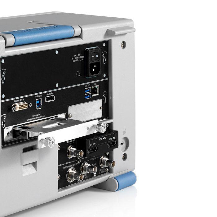 Цифровой осциллограф Rohde Schwarz RTO2000 - задняя панель