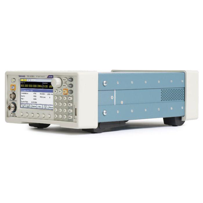 Векторные генераторы сигналов Tektronix TSG4106A