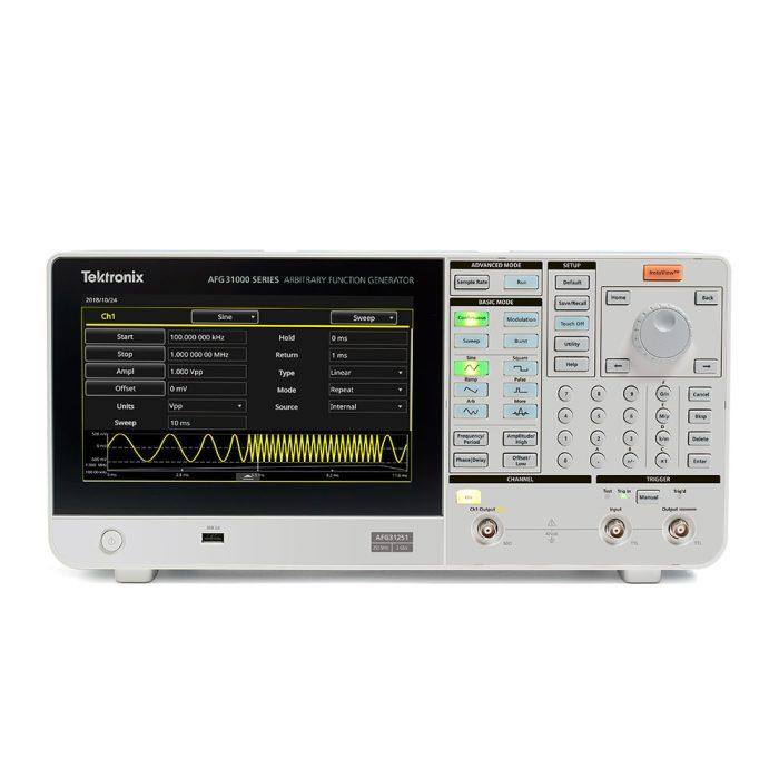 Внешний вид 1-канальной модели генератора Tektronix AFG31000