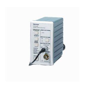 Tektronix TCPA400 - усилитель для пробников