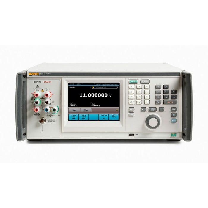 Fluke 5730A - многофункциональный калибратор электрических величин.