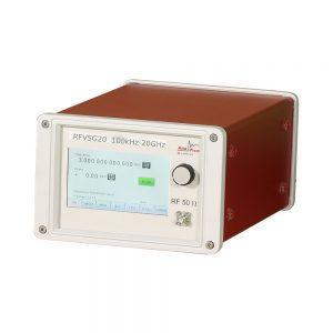 Векторный генератор сигналов AnaPico RFVSG20